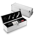 WINE SET IN ALUMINIUM GIFT BOX